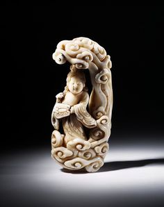 Netsuke        Place of origin:        Japan (made)      Date:        18th century (made)      Artist/Maker:        unknown (production)      Materials and Techniques:        Carved ivory      Credit Line:        Salting Bequest      Museum number:        A.732-1910