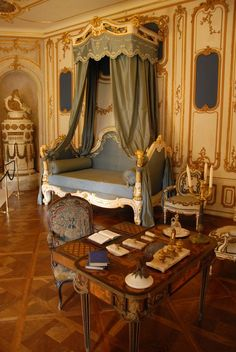 Eye For Design: The Interiors of Chateau Fontainebleau