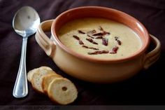 Csicseriborsó krémleves Cheeseburger Chowder, Fondue, Healthy Recipes, Healthy Food, Ethnic Recipes, Sleeve Surgery, Life, Soups, Healthy Foods