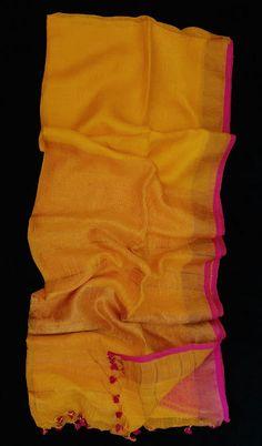 lnin sarees with zari border Latest Silk Sarees, Pure Silk Sarees, Cotton Saree Blouse, Modern Saree, Yellow Saree, Elegant Fashion Wear, Modest Wear, Elegant Saree, Fancy Sarees