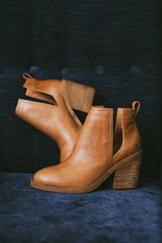 HelloMolly | Windsor Smith Sharni Boot Tan - Shoes
