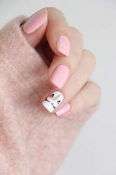 Want some ideas for wedding nail polish designs? This article is a collection of our favorite nail polish designs for your special day. Trendy Nail Art, Cute Nail Art, Cute Acrylic Nails, Cute Nails, Classy Nails, Simple Nails, Hair And Nails, My Nails, Yellow Nail Art