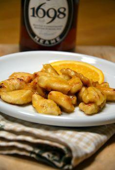 ORANGE CHICKEN NUGGETS recipe from Sorelle in pentola • petto di pollo / chicken breast • arancia / arancia • sale / salt • pepe / pepper • olio / oil • farina / white flour Infarinare i petti di...