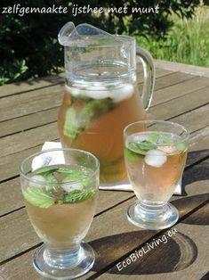 s via mail te ontvangen. Je krijgt dan via é Refreshing Drinks, Summer Drinks, Cocktail Drinks, Smoothie Fruit, Smoothie Drinks, Healthy Drinks, Healthy Recipes, Ginger Juice, Iced Tea