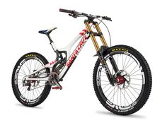 Sometimes people taking part in specific disciplines of cycling will purchase a specialized mtb, developed for the discipline. While cross-country, freerider and enduro are the most common discipli… Road Bikes, Cycling Bikes, Velo Dh, Bike Downhill, Santa Cruz V10, Santa Cruz Bicycles, Mt Bike, Bmx Bicycle, Mountain Bike Trails