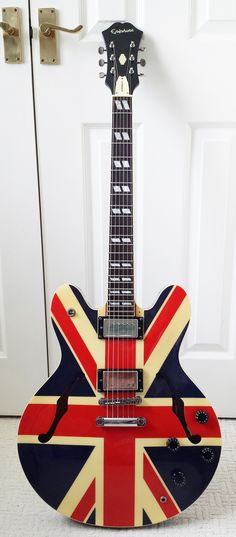 Epiphone Supernova Noel Gallagher....... I would love to add one of these to my collection!!