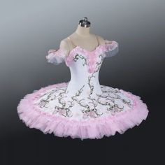 New Collection 2016 This delightful white and pink tutu has been created for Le Jardin Anime in Le Corsaire Act III. The bodice and the overlay is made with semi stretchy white fabric featuring a blos Tutu Costumes, Ballet Costumes, Anime Costumes, Doll Costume, Cosplay Costumes, Tutu Women, Tutu Ballet, Ballet Shoes, Ballet Pictures