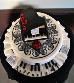 grand piano cake, torta pianoforte