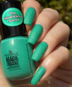 Green, Glaze & Glasses: Essence Sparkling Sand - 03 keep calm and go to the beach! (Beach Cruisers LE)