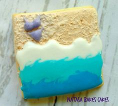 Beach themed cookie made with royal icing