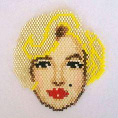 Marilyn Monroe brooch-necklace miyuki delica beaded