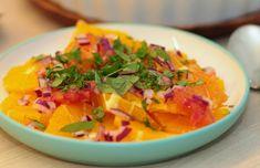 marokkansk appelsinsalat Thai Red Curry, Cantaloupe, Salsa, Brunch, Fruit, Ethnic Recipes, Food, Essen, Salsa Music