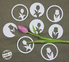 The plotter freebie includes two tulips motifs once each center and even sideways in a circle. And since I have again drawn a circle around the motives of it are eight small decorative tulips. Blue Lotus Flower, Cactus Flower, Diy And Crafts, Crafts For Kids, Silhouette Portrait, Scroll Saw Patterns, Kirigami, Pansies, Daffodils