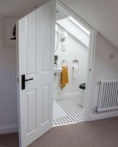 Attic Bedrooms, Basement Bedrooms, Closet Bedroom, Basement Ideas, Fitted Bathroom, Loft Bathroom, Attic Conversion, Loft Conversions, Small Loft