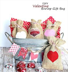 Adorable Valentine Marshmallow Treats - 65 DIY Mother's-day Craft – Cheerful & Easy To Do Ideas Diy Mother's Day Crafts, Holiday Crafts For Kids, Mother's Day Diy, Mothers Day Crafts, Diy Craft Projects, Holiday Fun, Project Ideas, Frugal Christmas, Valentine Gifts For Girlfriend
