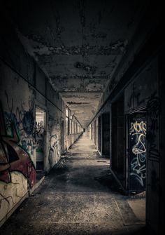 Le couloir sans fin.