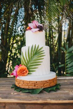Tropical Wedding Cake by Little Blessings Bakery Mohana Inspired Wedding Tropical Beach Inspiration Shoot Anna Maria Island Wedding Photo Los Vargas Photography Central. Beach Wedding Centerpieces, Beach Wedding Reception, Beach Wedding Flowers, Beach Wedding Favors, Our Wedding, Wedding Blog, Beach Weddings, Tropical Weddings, Hawaii Wedding Cake