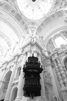 Theatinerkirche St. Kajetan by the Italian architect Agostino Barelli, built between 1663 to 1690.