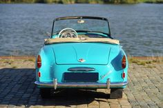 Škoda Felicia, year Colour radiant blue/green with a matching two tone interior. Inspired by the American cars of the Rock and roll period. This Felicia shows all original … Felicia, Old Cars, Rock And Roll, Volkswagen, Porsche, How To Memorize Things, Vehicles, Beautiful, Europe