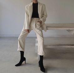 Korean Fashion – How to Dress up Korean Style – Designer Fashion Tips Korean Fashion Trends, Korean Street Fashion, Mode Outfits, Fashion Outfits, Fashion Tips, Classy Outfits, Casual Outfits, Mode Ootd, Look Retro