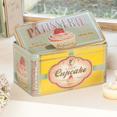 This generously sized vintage French style storage tin is perfect for storing cupcakes homemade buns, cakes pastries and sweet nibbles. Superb quality with an exclusive french design perfect for both vintage retro and country style kitchen. This would make an ideal birthday gift for a keen cook. Find this cute item at www.dibor.co.uk