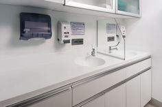 Podemos encontrar KRION® PORCELANOSA Solid Surface, en gran parte de los habitáculos de la clínica, la primera realizada con KRION® en Chile. Solid...