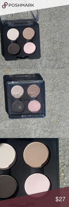 MAC Cosmetics Liza Eyes Eyeshadow Quad. MAC Cosmetics Liza Eyeshadow Quad. This palette features 4 neutral colors, performance,taupe note, showstopper and soft heart. New, never used. MAC Cosmetics Makeup Eyeshadow