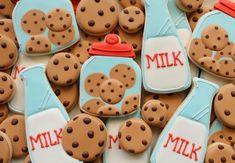 Cookies and Milk Cookies - decorating tutorial by Sugarbelle