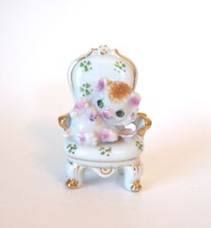 Vintage Hand Painted Spaghetti Sugar Coated Cat in Chair Christmas Figurine - Made in Japan - Mid Century  by HouseofLucien, $14.00