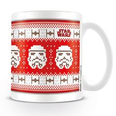 If you love the faceless soldiers from the Galactic Empire then this Christmas Star Wars Storm Trooper mug is a must have! Featuring a pixelated fair isle style Christmas design of the Storm Trooping army. A must this Crimbo for any Star Wars fan! Star Wars Christmas, Christmas Design, Christmas Time, Mug Star Wars, Star Wars Film, Star Wars Stormtrooper, R2d2, Star Wars Merchandise, Christmas Jumpers
