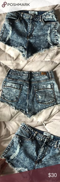 ripped jean shorts Extremely comfortable jean shorts, they are like sweatpants... i loved them, they stretch and they are high rise Tilly's Jeans