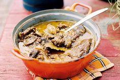 Dit Limburgse stoofvlees is verrukkelijk! Lekker zoet door de appelstroop en ontbijtkoek - Recept - Allerhande