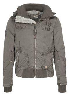 38 Best Férfi kabátok, dzsekik images | Jackets, Fashion