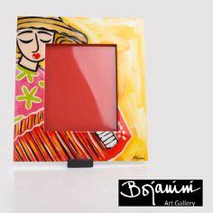 Bojanini Pon los mejores recuerdos de tus vacaciones, en un lugar visible en este portarretrato de Bojanini Art Gallery  colorido y pintado a mano. Arte Country, Home Deco, Ideas Para, Art Gallery, Crafts, Painting, Decorative Accessories, Furniture, Pintura