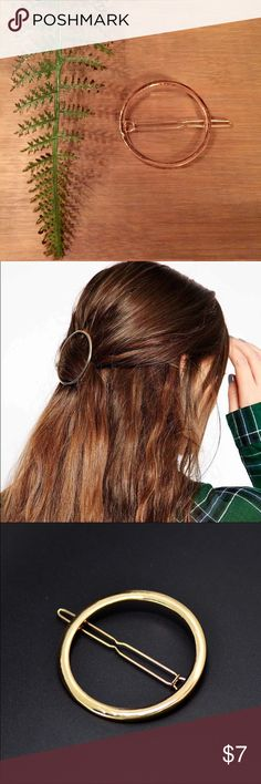 Circle Hair Clip Trending for Fall/Winter 2016 gold open style hair clip! This clip is around 50mm and features textures backing for added security. Accessories Hair Accessories