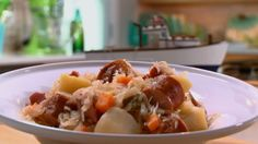 Chouchou saucissée Mashed Potatoes, Chicken, Meat, Ethnic Recipes, Food, All Recipes, Favorite Recipes, Whipped Potatoes, Essen