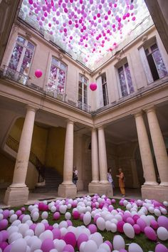 Unveiled at this year's 'Festival des architectures vives', taking place on a yearly basis within the inner courtyards of selected town-houses, the installation — titled 'A Tenth Spring' — celebrates the spring of cultural heritage.