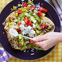 Chicken Souvlaki & Tzatziki Sauce on Garlic Naan