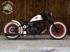 RF - Hoolister / Cleveland CycleWerks, modèle Heist - Version Classic Bobber by Racer Factory Motorcycles Harley Davidson Chopper, Harley Davidson News, Harley Davidson Motorcycles, Custom Motorcycles, Custom Bikes, Motorcycle Paint Jobs, Motorcycle Racers, Moto Bike, Scooters