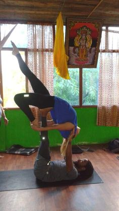 A beautiful acroyoga pose #acroyoga #yoga #asana #bridgepose #camelspose #backbend #acro #partneryoga