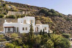 Mykonos Villa Aphrodite in dandy Agios Lazaros - HomeTality Mykonos Villas, Luxury Villa, Aphrodite, Case, Dandy, Luxury Travel, Luxury Homes, Exterior, Mansions