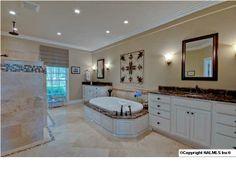 Find this bathroom on www.valleymls.com