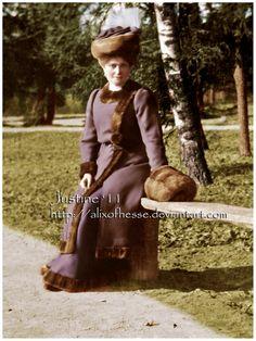 Empress Alexandra Feodorovna, ca. 1907-9