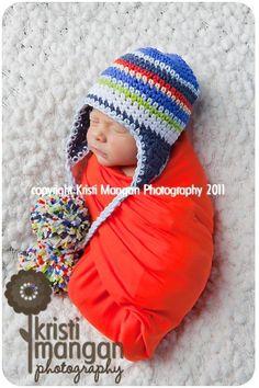 love pom pom hats :)