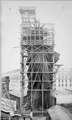 Old photos of the Statue of Liberty standing in Paris were extraordinarily surreal - Viral Planet