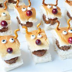 Christmas Appetizers ~ Ellouisa: Kerst ~ Sloppy Joe's Christmas Snacks, Xmas Food, Christmas Appetizers, Wrapping Gift, Food Humor, Healthy Snacks For Kids, Creative Food, High Tea, Kids Meals
