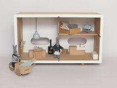La Grande Baltique maison de poupée en bois hêtre massif FSC made in Europe.