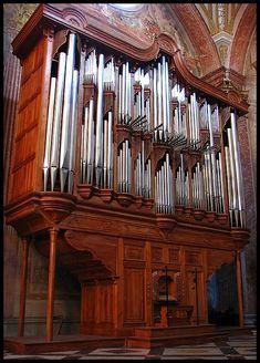 Pipe Organ in the Santa Maria Angeli church in Rome (by PerR)