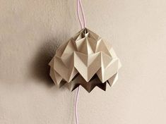 Tutorial fai da te: Creare lampada origami a sospensione via DaWanda.com
