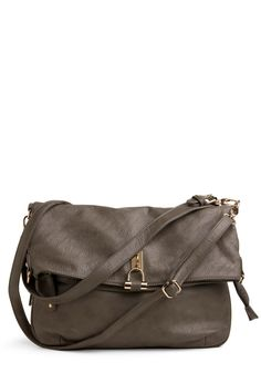 Expand Your Horizons Bag. When it comes to trying new things, well, youve got it in the bag! #grey #modcloth
